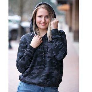 SUNDRY- Black Camo Raglan Pocket Hoodie Sweater